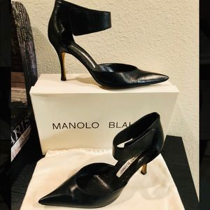 Pointed Toe Manolo Blahnik Heels